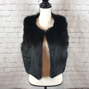 Tobi Crop or Drop Faux Fur Vest